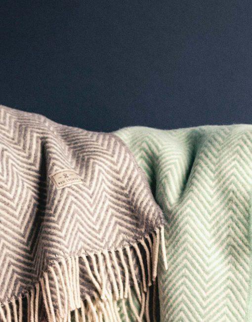 Wool Blankets Red Lychee