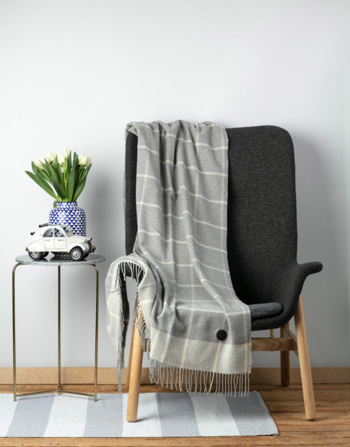 Red Lychee Cashmere Blanket Gala