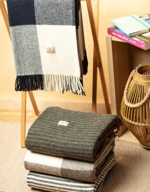 Red Lychee Wool Blankets
